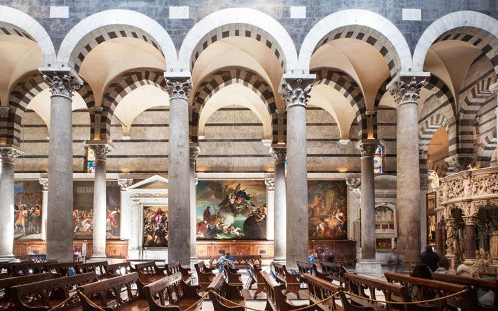 Pisa-Cathedral-interior